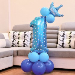 ZESTAW balonów na Roczek chłopca z koroną Niebieski