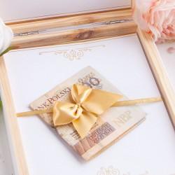 PAMIĄTKA I Komunii Świętej pudełko na pieniążki Z IMIENIEM BIAŁE