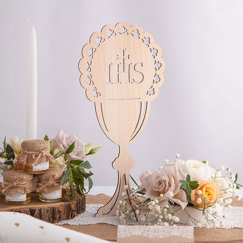 dekoracja stoły w formie kielicha IHS