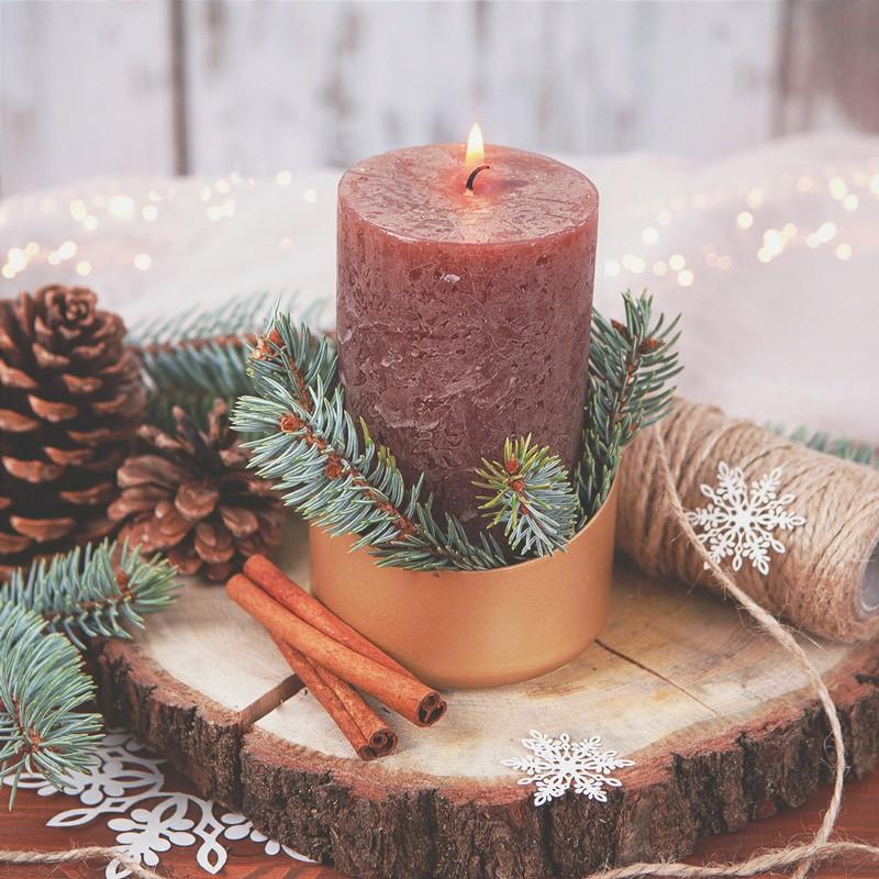 Świeca do dekoracji stołu wigilijnego