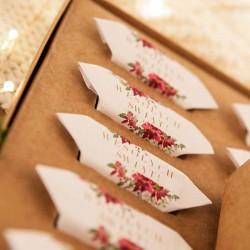 PREZENT świąteczny Pudełko z krówkami Z TWOIM PODPISEM Poinsecja