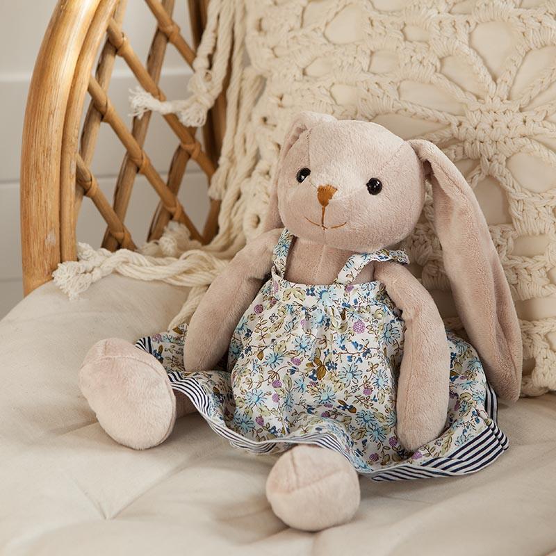Maskotka króliczek na prezent dla dziewczynki