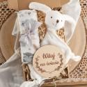 PREZENT na narodziny/Chrzest Z IMIENIEM w pudełku Przytulanka Miś