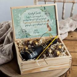 PREZENT świąteczny w skrzyni Z PODPISEM z winem Cava Delikatne Święta