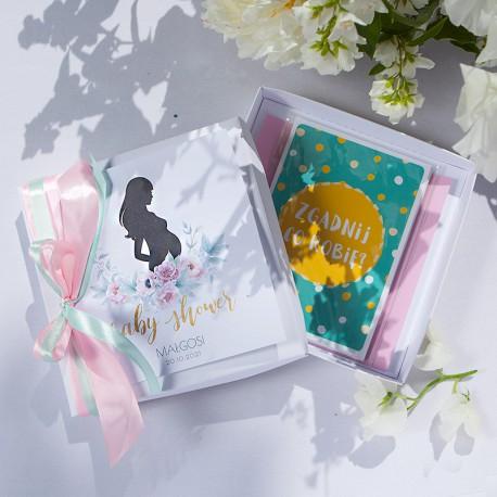 PREZENT dla Przyszłej Mamy KARTECZKI do dziecięcych zdjęć Zapach Piwonii Baby Shower W PUDEŁKU