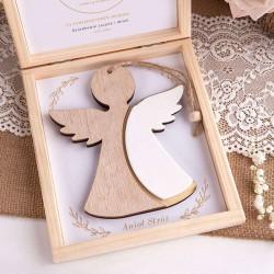 PAMIĄTKA Chrztu Świętego Z IMIENIEM Drewniany Anioł Stróż
