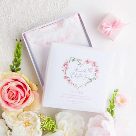 PUDEŁKO na szatkę do Chrztu Z IMIENIEM Różowe Serce
