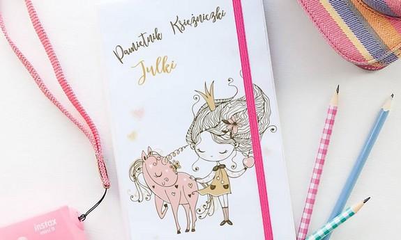Pamiętniki dla dzieci i notatniki
