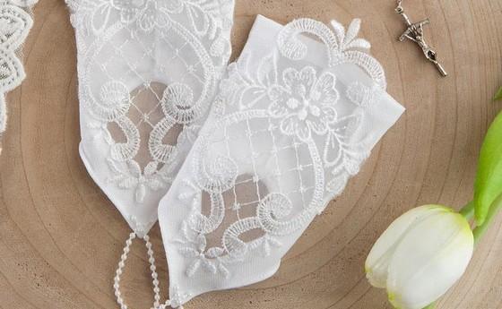 Rękawiczki, pelerynki, rajstopy, bielizna