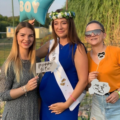 Rekwizyty do fotek na Baby Shower