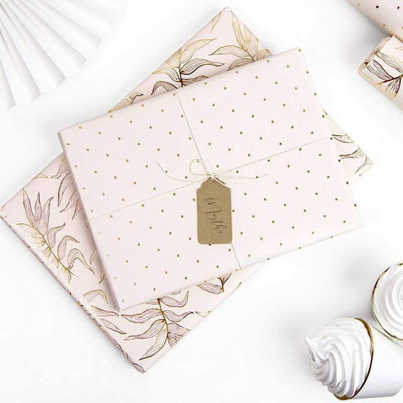 Papier do pakowania prezentów i upominków