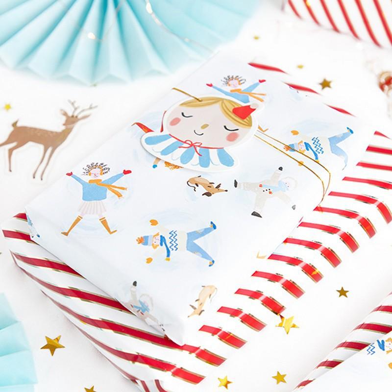 Papier do pakowania prezentów świątecznych