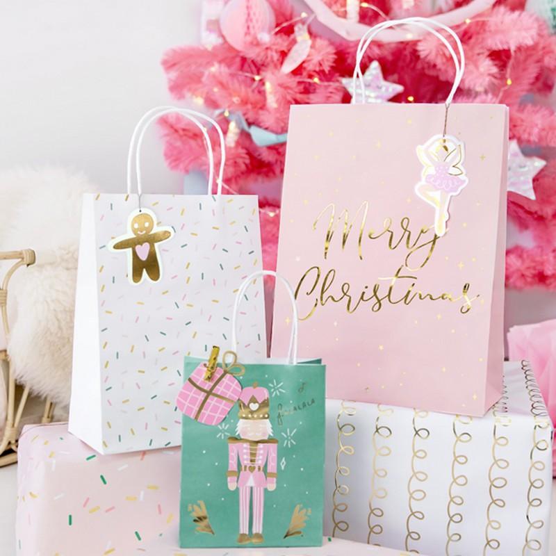 Torebki na prezenty w świątecznym stylu